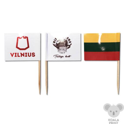 Mažos vėliavėlės su koteliais
