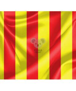 Geltona lenktynių vėliava su raudonais brūkšniais