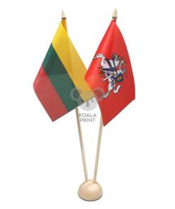 Dvivietis medinis vėliavėlės stovelis II