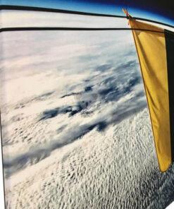 Lietuvos trispalvės vėliavos kosmose fotodrobės paveikslas