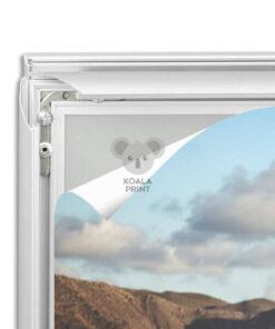 Lauko reklamos stovas su spyruokle, dvipusis, A1